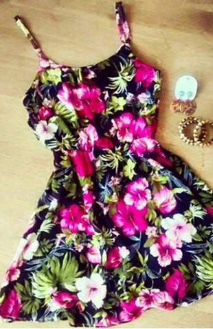 Dresses, Dresses, Dresses..... (4/6)