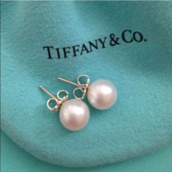 TIFFANY AND CO EAR RINGS