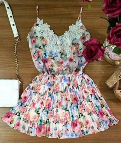Dresses, Dresses, Dresses..... (3/6)