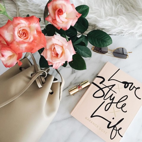 LOVE STYLE LIFE PIC