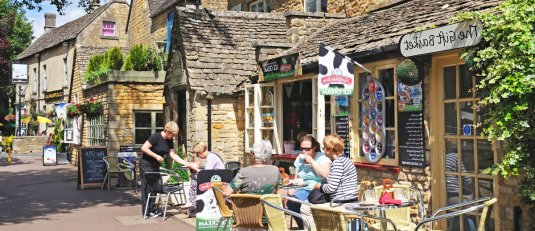 thinsg-to-do-in-cotswolds-olivers-travels